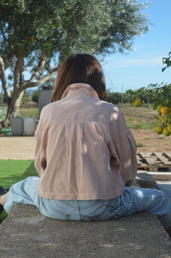 Jaqueta vaquera salmó Comboi de Tarongina secció Tota teua roba pintada a mà roba de segona mà